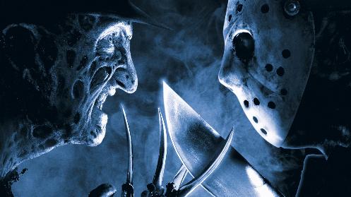 À gauche, Freddie Krueger, personnage cinématographique créé par Wes Craven, face à son sympathique copain, Jason