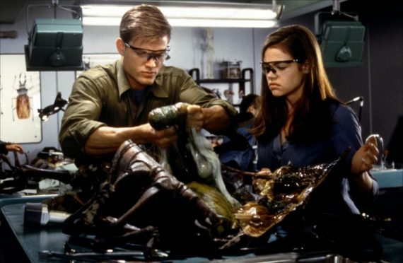 starship-troopers-1997-17-g