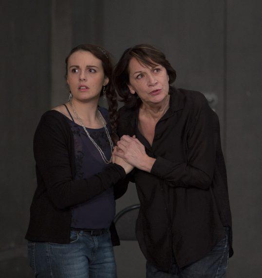 Juliette Rizoud (Chrysotémis) et Elizabeth Macocco (Electre) © Michel Cavalca