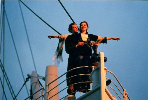 Titanic, les bras en croix
