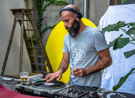 DJ set lors de la première édition de l'Urban Art Jungle Festival